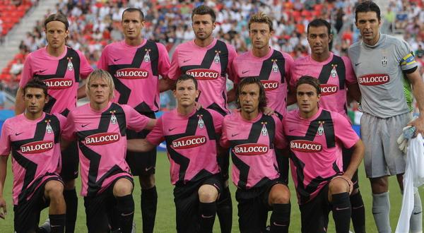 Juventus eru miklu betri í fótbolta en þeir eru í vali á búningum.