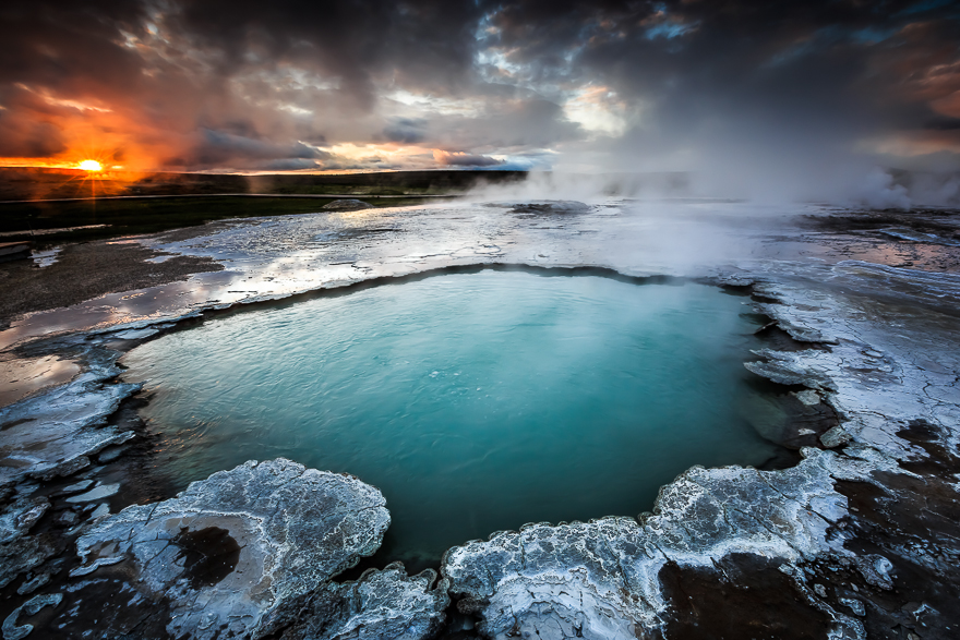 Highland-Geysers-in-Iceland-by-Alban-Henderyckx1__880