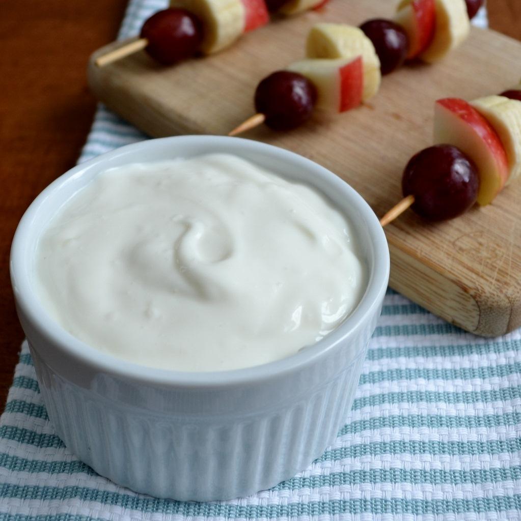 honey-yogurt-dip-2-rfrd1