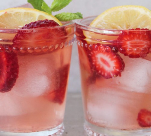 landscape-1434642740-landscape-1434575937-spiked-strawberry-lemonade