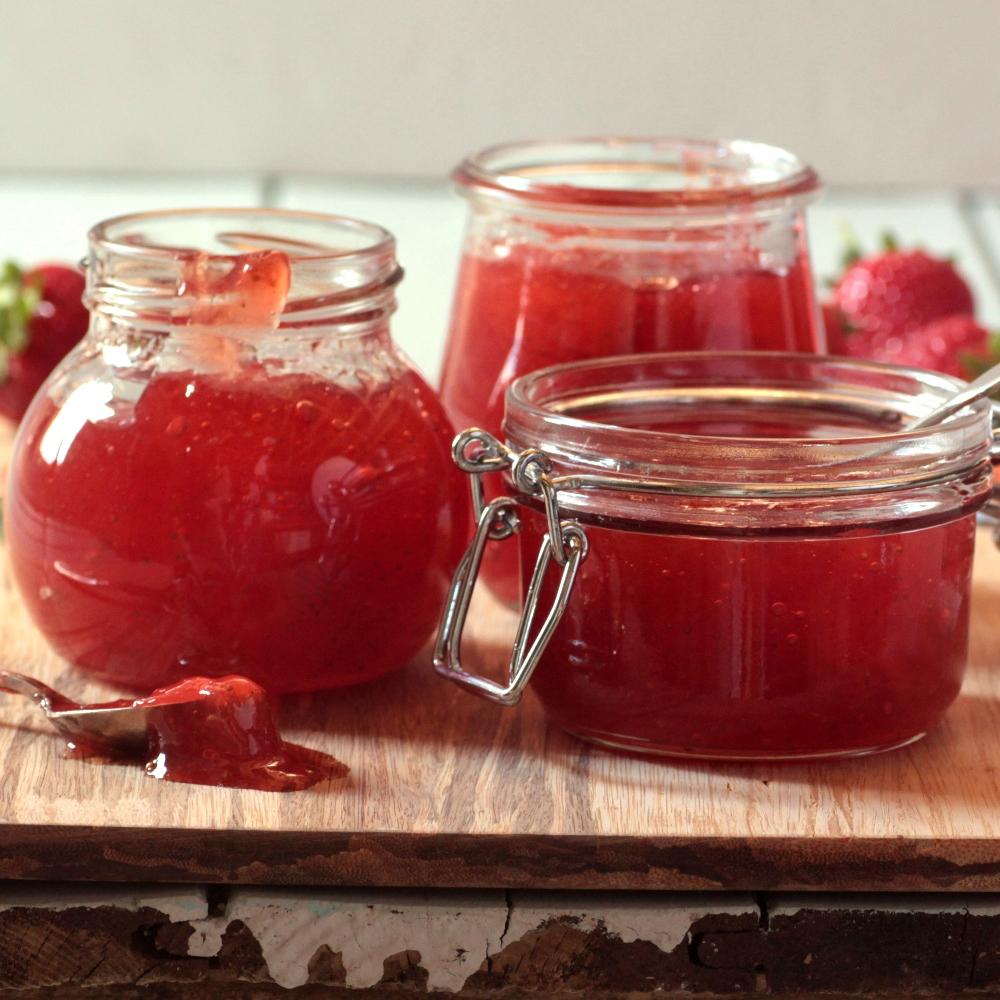 Summer-strawberry-jam-recipe