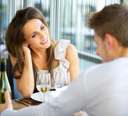 couple-flirting-on-date