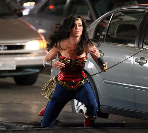 wonder-woman-costume-change-5-joss-whedon-lashes-out-at-sexism-in-comic-book-movie-industry-jpeg-241264