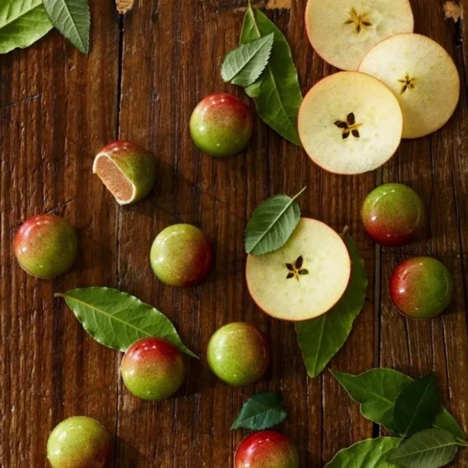 Súkkulaði, húðað með eplum og kanil
