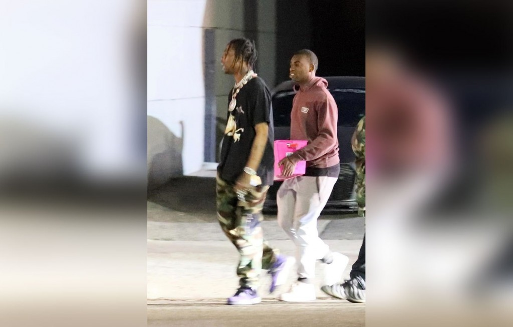 *EXCLUSIVE* Los Angeles, CA - Rapper Travis Scott is seen living the strip club Crazy Girls, followed by fans looking for an autographs. Pictured: Travis Scott BACKGRID USA 22 DECEMBER 2017 USA: +1 310 798 9111 / usasales@backgrid.com UK: +44 208 344 2007 / uksales@backgrid.com *UK Clients - Pictures Containing Children Please Pixelate Face Prior To Publication*