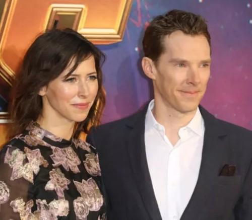 Benedict með konu sinni, leikstjóranum Sophie Hunter