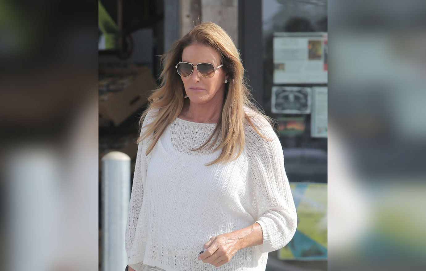 October 7, 2016: Caitlyn Jenner is spotted food shopping while out and about in Malibu, California. Mandatory Credit: Borisio/INFphoto.com Ref: infusla-269 Editorial Rights Managed Image - Please contact www.INSTARimages.com for licensing fee email sales@instarimages.com - Image or video may not be published in any way that is or might be deemed defamatory, libelous, pornographic, or obscene / Please consult our sales department for any clarification or question you may have - http://www.INSTARimages.com reserves the right to pursue unauthorized users of this image or video. If you are in violation of our intellectual property you may be liable for actual damages, loss of income, and profits you derive from the use of this image or video, and where appropriate, the cost of collection and/or statutory damage.