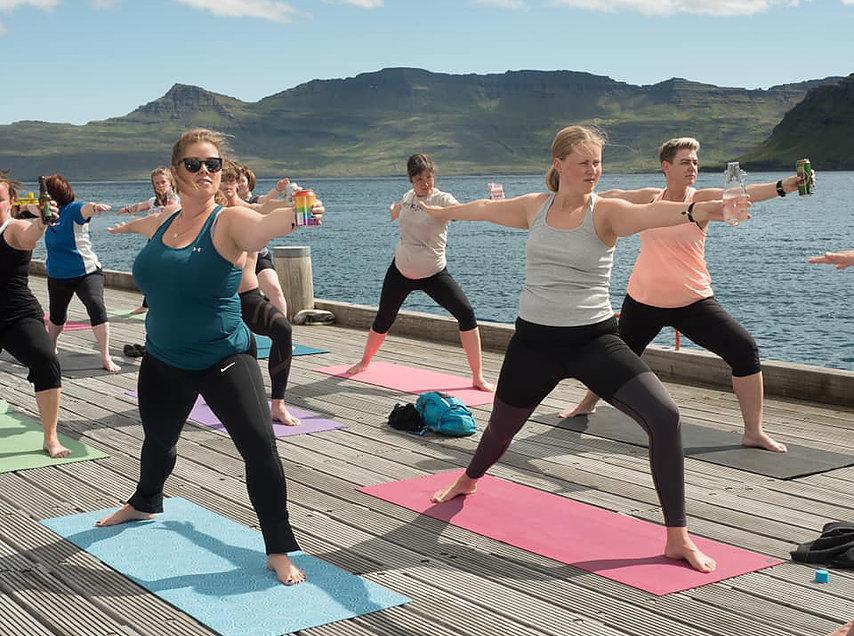 einstan beer yoga