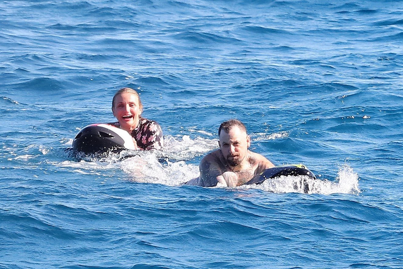 *PREMIUM-EXCLUSIVE* Cameron Diaz and hubby Benji Madden take a dip in Saint Tropez during yacht vacation in the South of France!